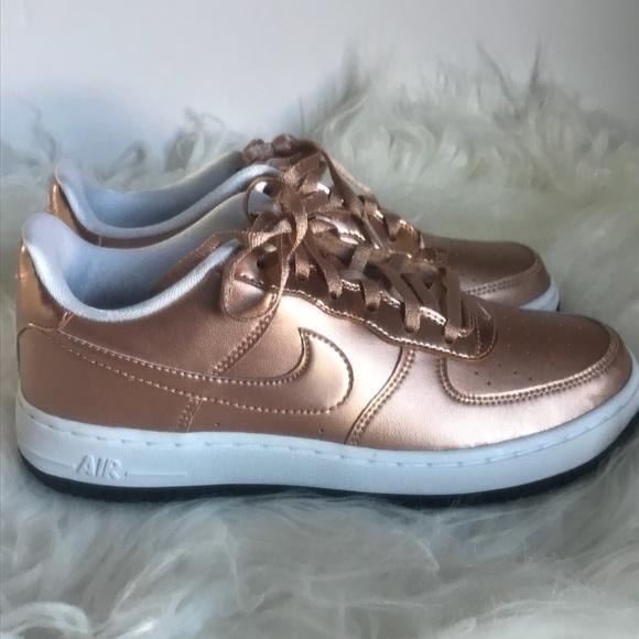 Nike Air Force 1 SE rose gold metallic 7